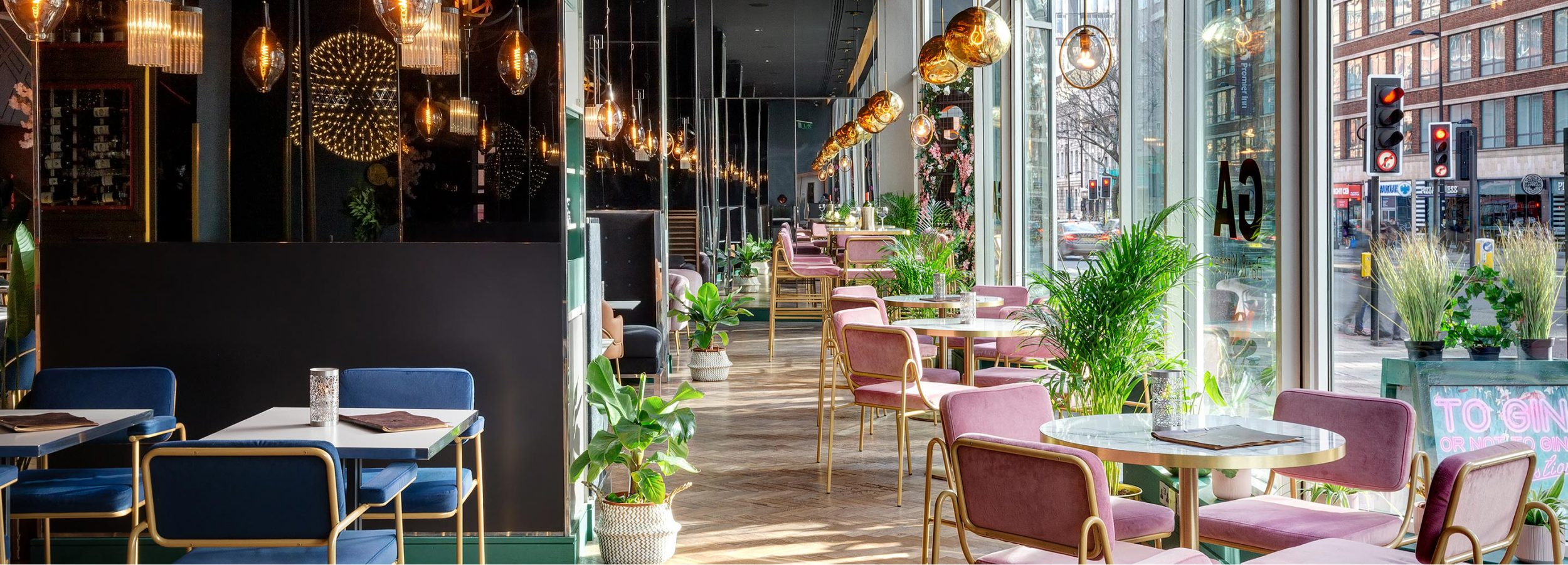 Panoramic view of restaurant on London streets
